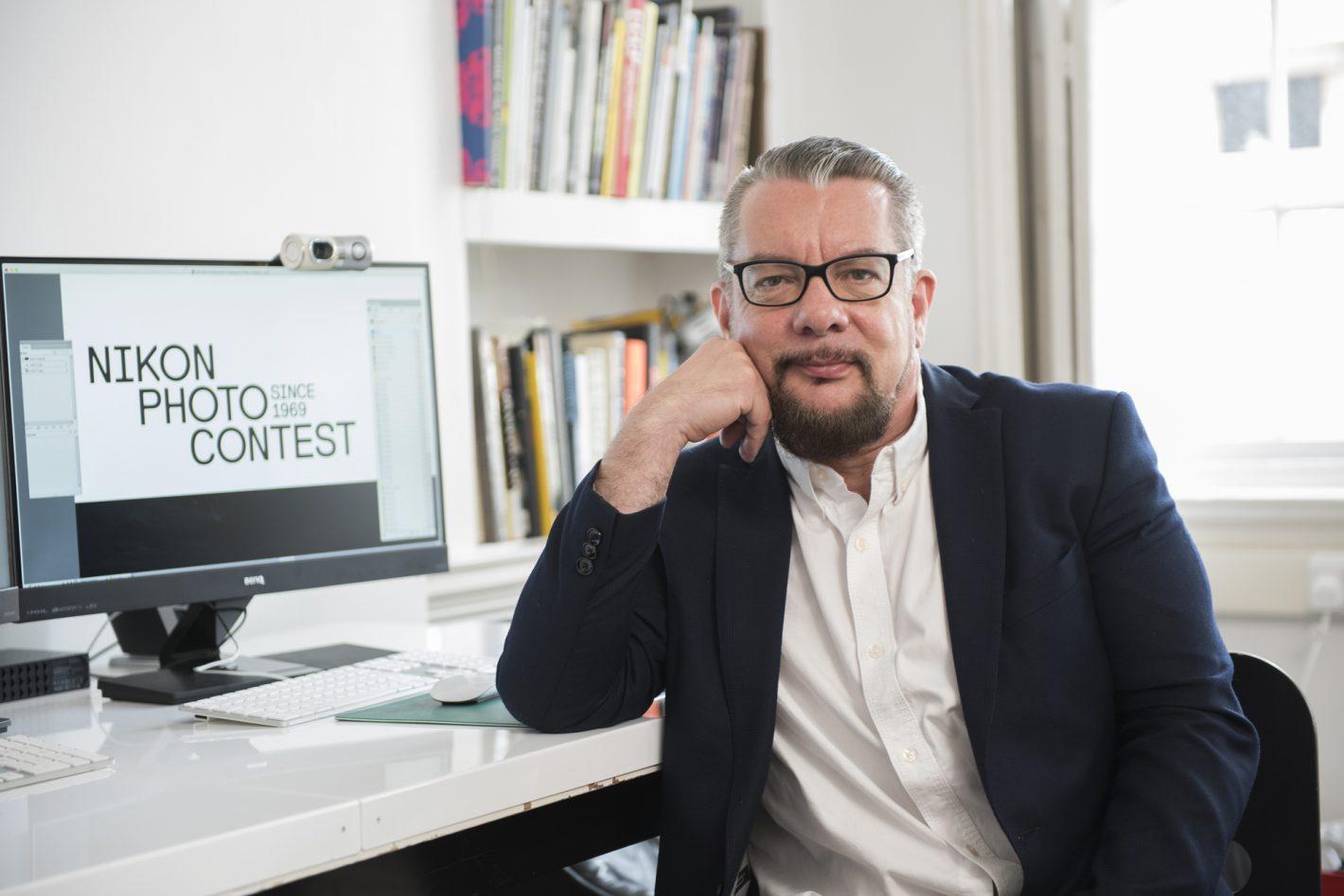 Reconnu mondialement, graphiste et directeur artistique, Neville Brody a été choisi comme président du jury