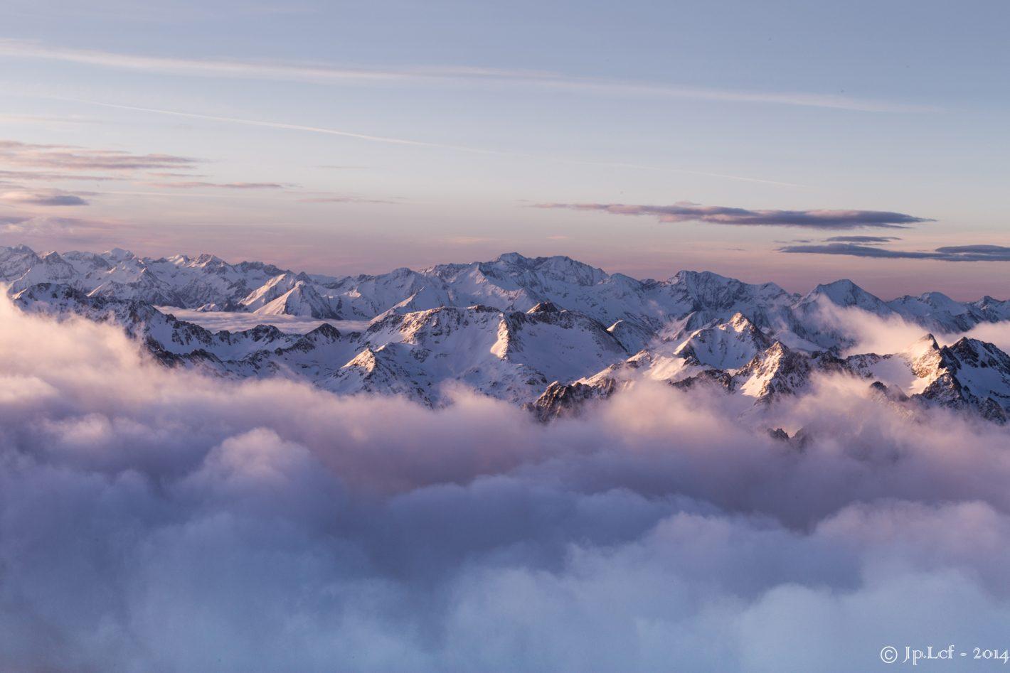 Nikon Voyages Au dessus des nuages