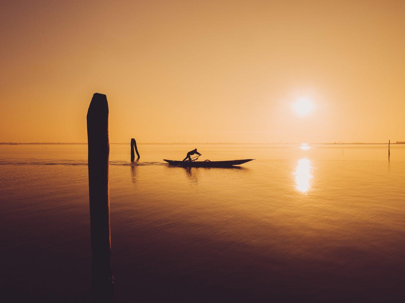 Nikon Voyages En plein coeur de la lagune de Venise. Un moment calme, presque poétique.