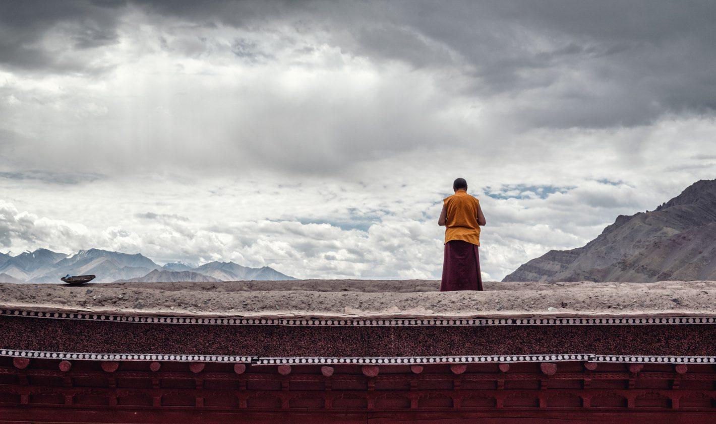 Nikon Voyages Instant de zénitude, moine bouddhiste du Ladakh ( Inde himalayenne)