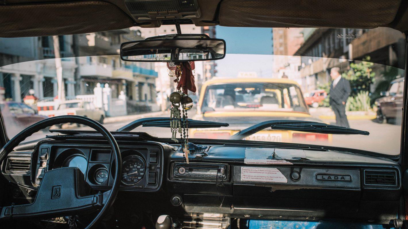 Voyage au coeur des constrastes de Cuba avec Aliocha Boi