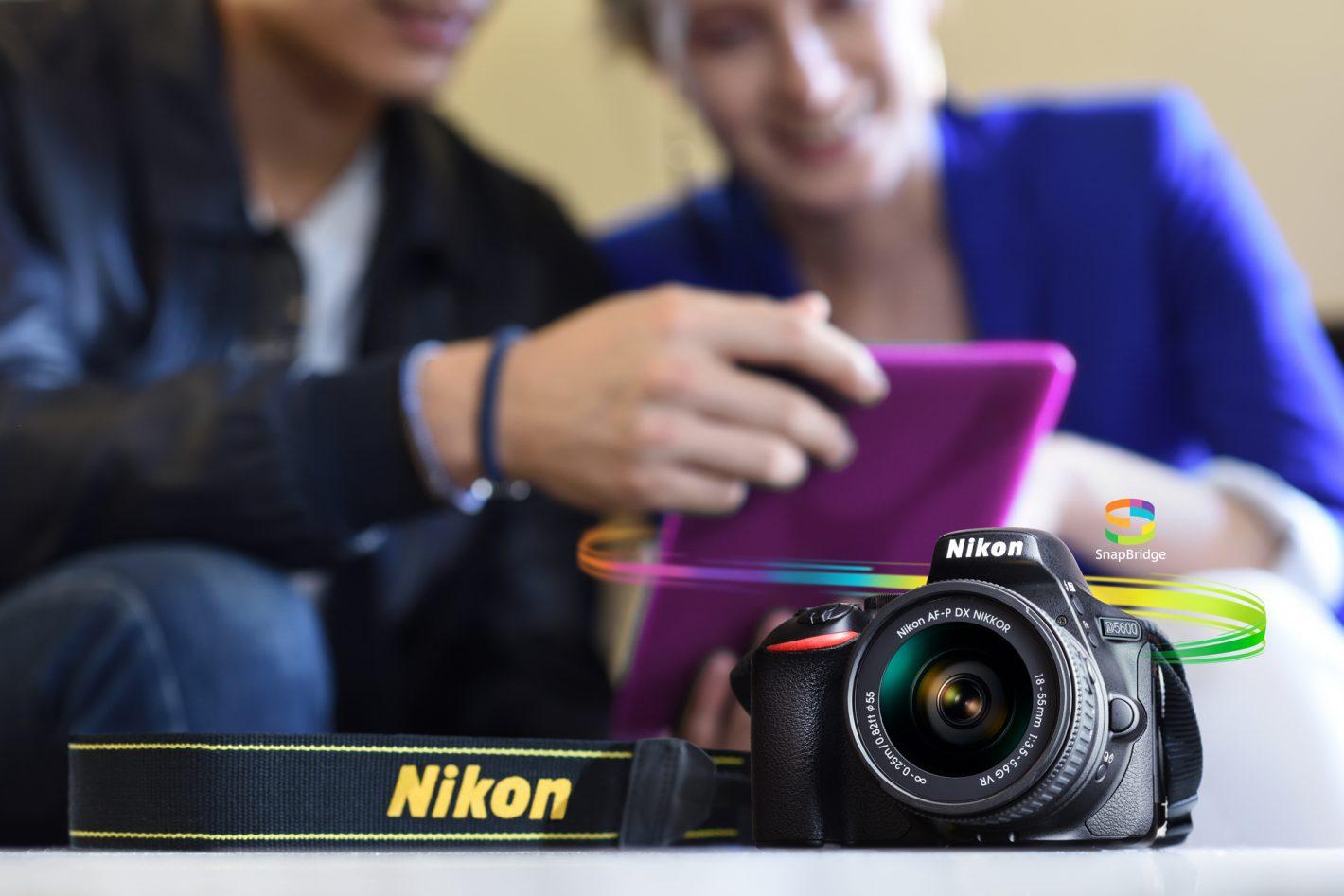 Le nouveau Nikon D5600 stimule la créativité et favorise le partage instantané