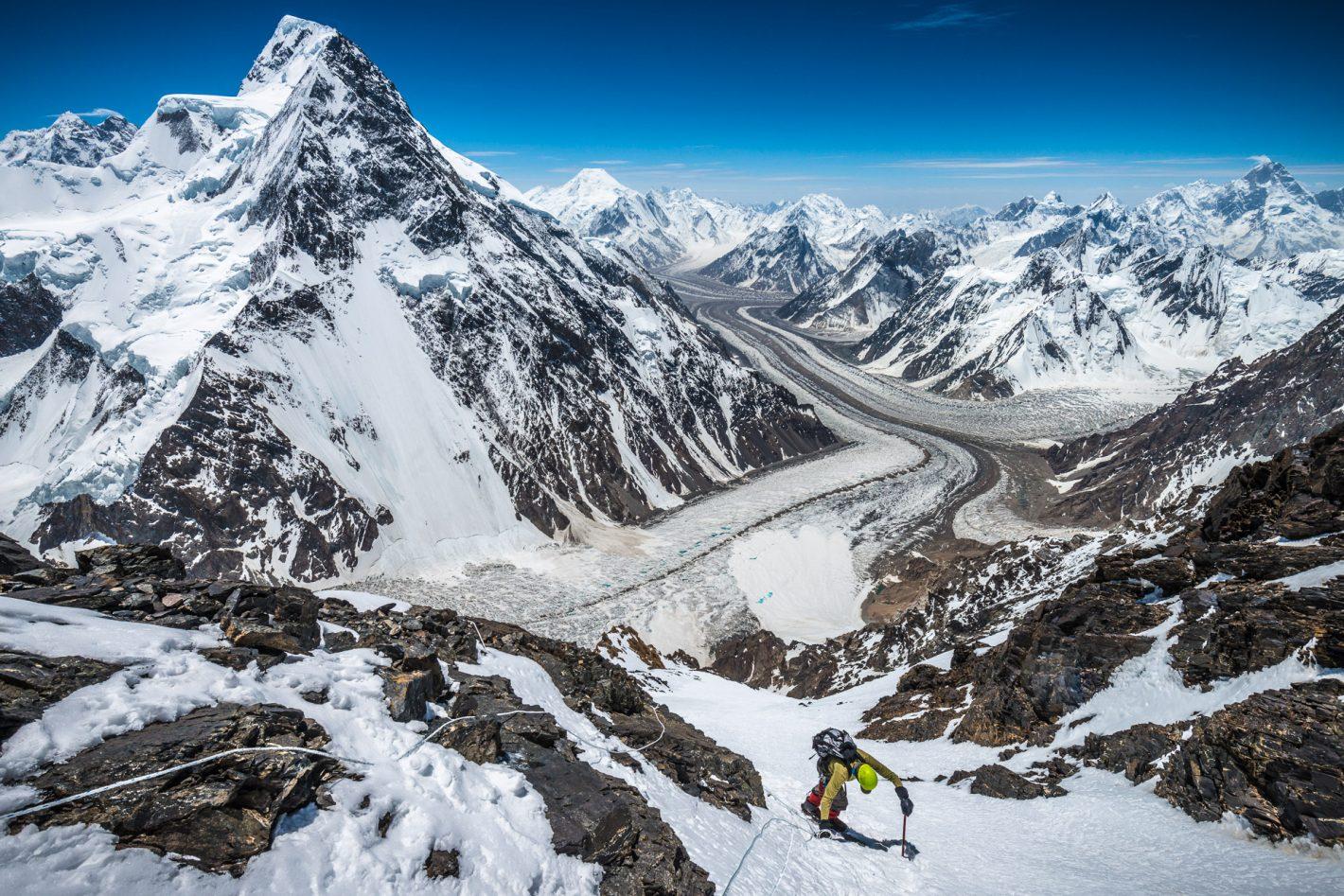 extremes Nikon Pakistan K2 Alex Buisse