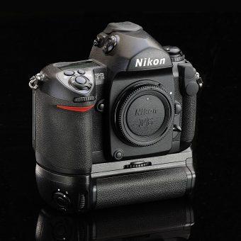 Collectionneur Thierry Ravassod Nikon F6