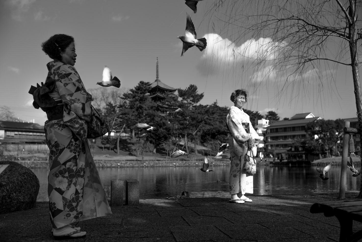 Femmes au temple – Nara, décembre 2016