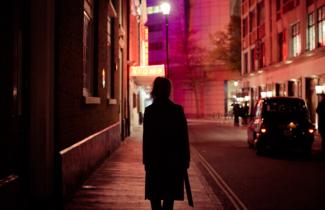 Neon : L'utilisation de l'éclairage urbain selon Thibault Copleux