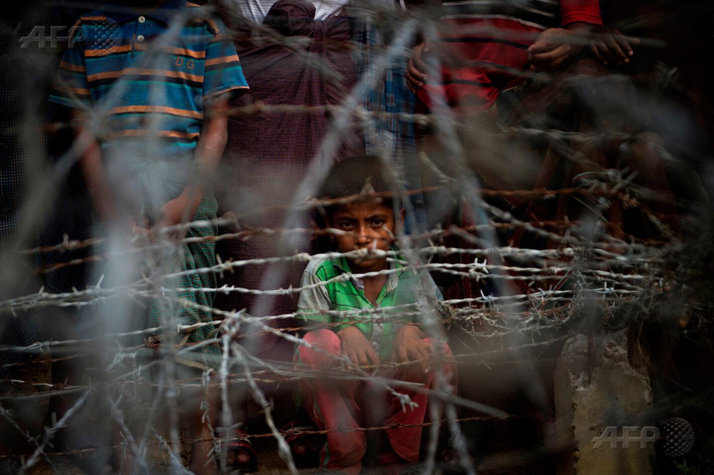 25 avril 2018 – district de Maungdaw, Birmanie - Des réfugiés rohingyas se rassemblent dans le