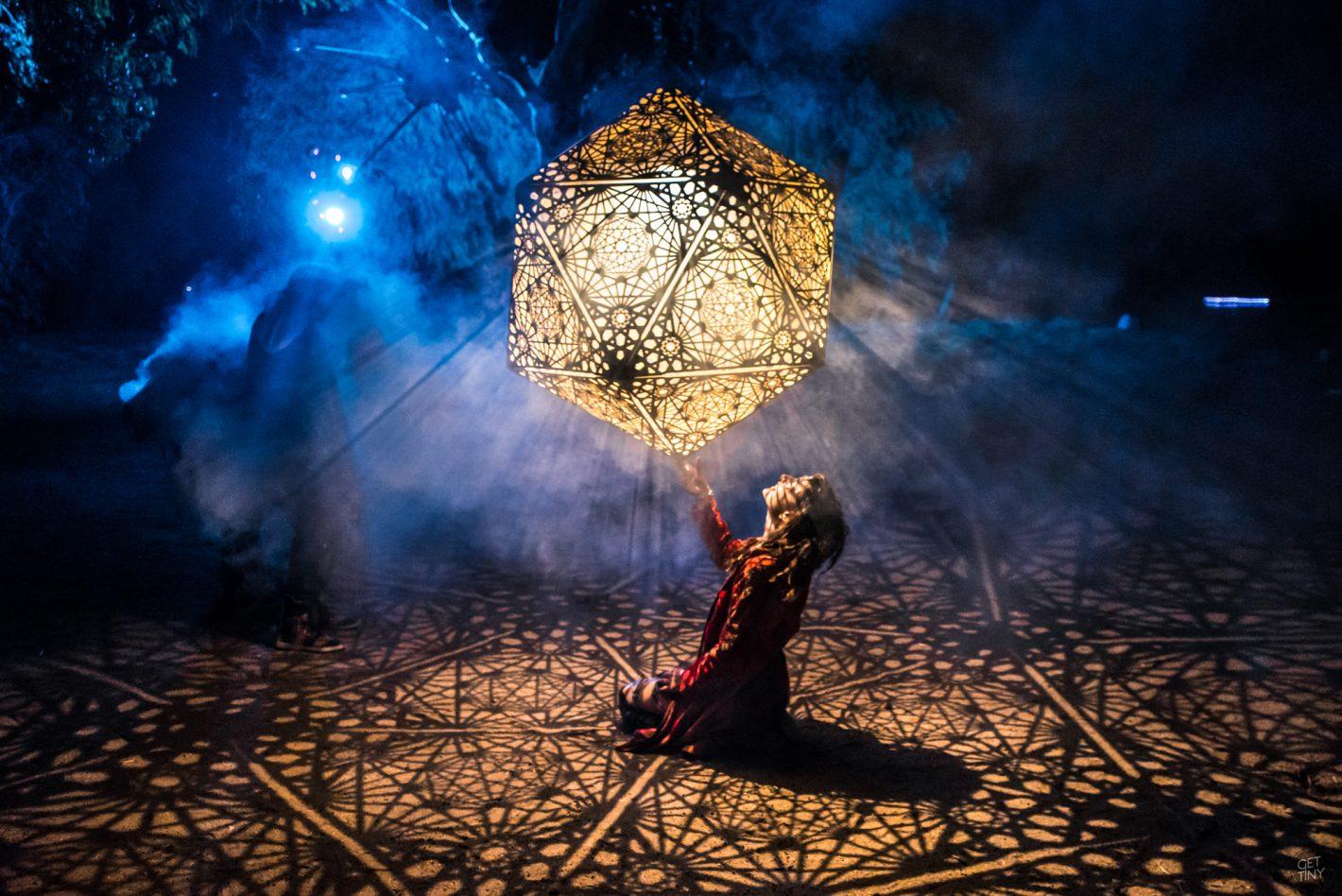 Son est Lumière : Le festival de couleurs de Juliana Bernstein