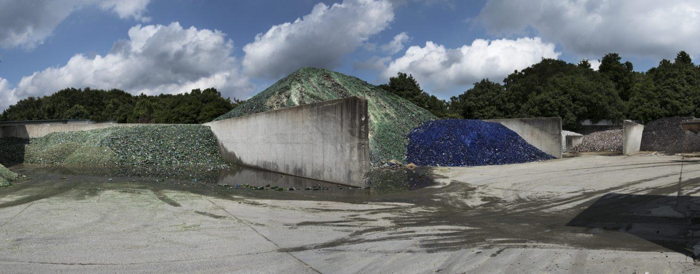 Vue panoramique d'un dépôt de recyclage à Tokyo, Japon – photo prise avec le D500 + AF-S Zoom-NIKKOR 17-35mm f/2.8D IF-ED | 1/2000 s| f/10 | ISO 320 | © Kadir van Lohuizen