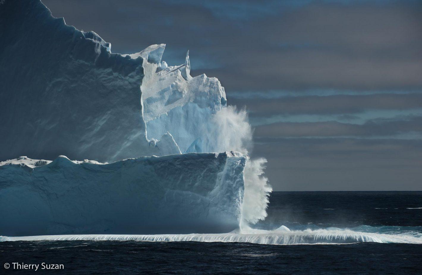 Iceberg tabulaire, mer de Weddell, Antarctique.