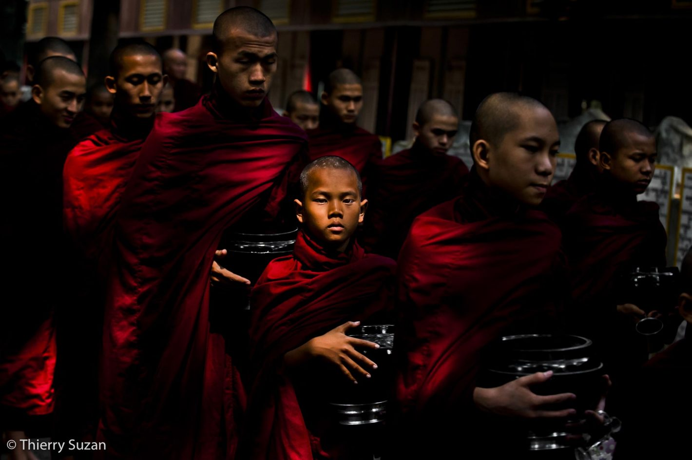 Moines bouddhistes, monastère Mahandayon, Amarapura, Myanmar.