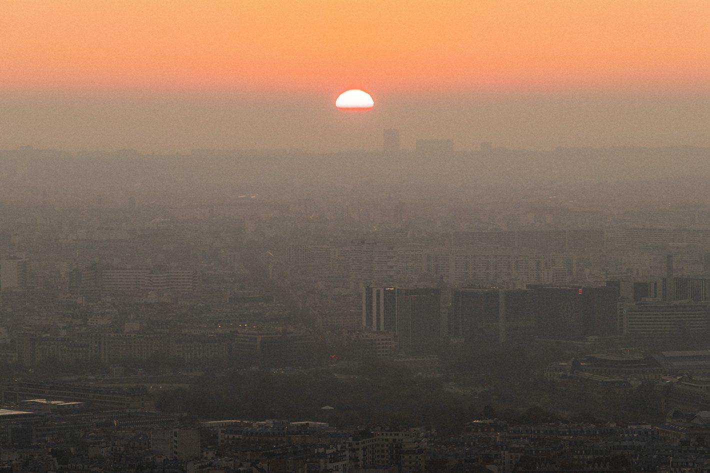 Little Shao : lever du soleil au sommet de la Tour Montparnasse