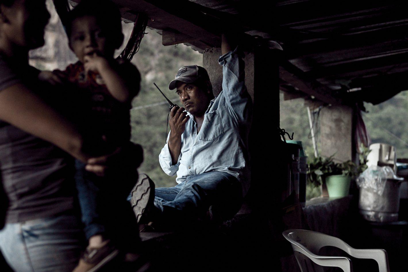 Mahé Elipe, l'humain au cœur de l'image - AGRICULTEUR DE PAVOT MEXICO HEROINE_AMAPOLA