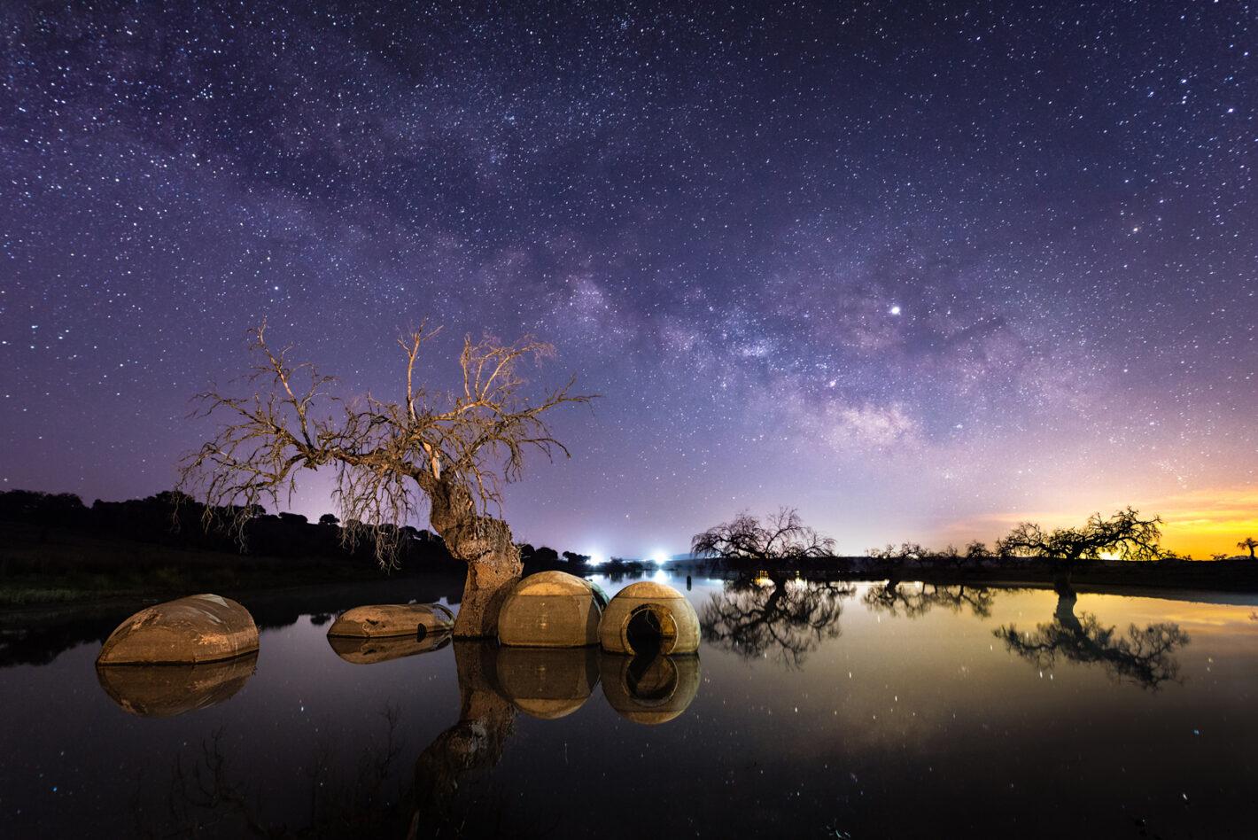 The Heaven, Reserveroir of Vllalba de los Barros, Spain. Nikon D610, 20mm, 20sec, 3 photos, 2500 iso, f2.8